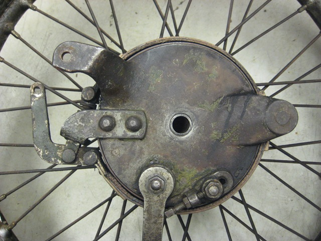 Relining Brake Drums : How to reline drum brakes and band occhio lungo