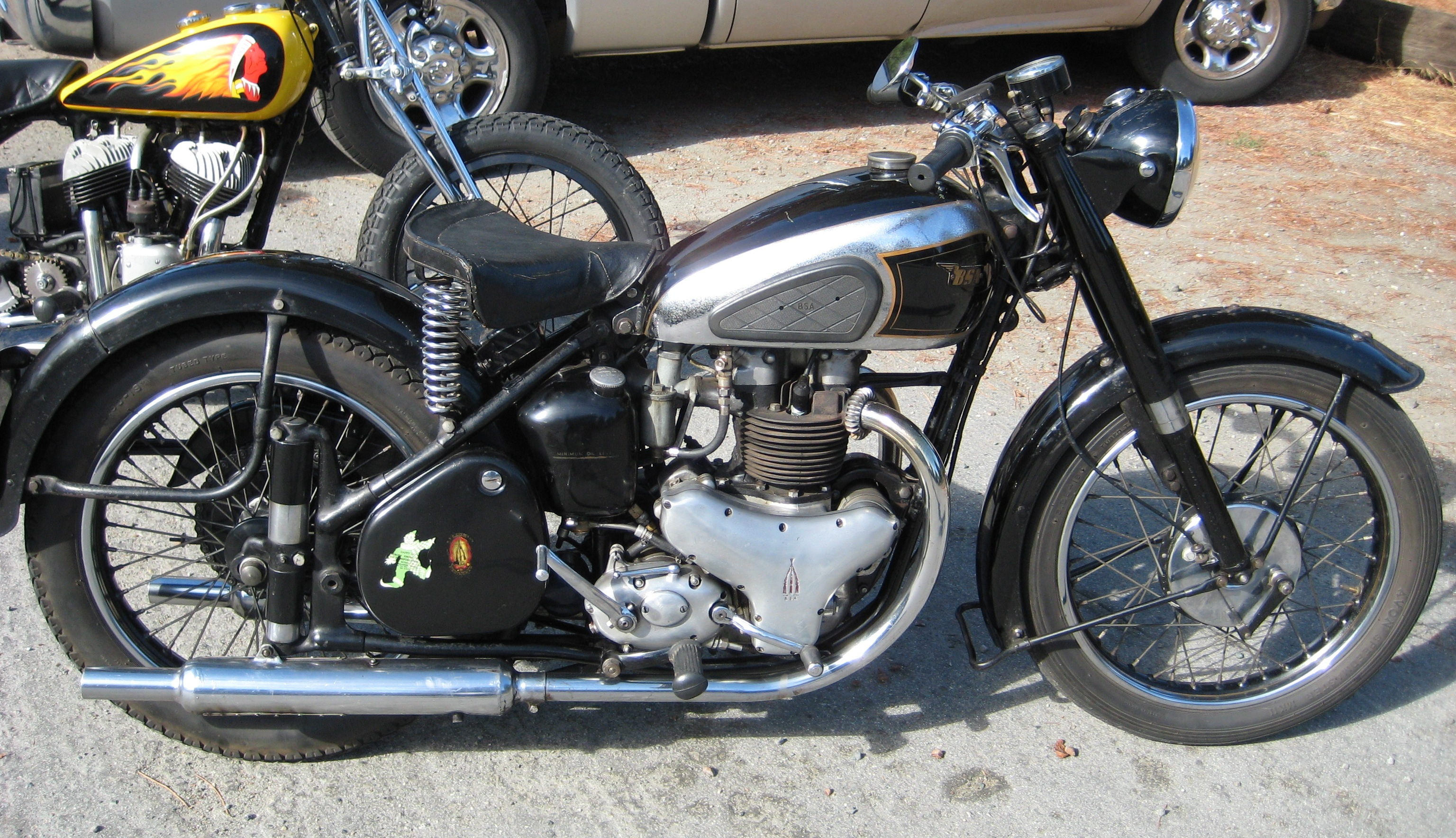 Goldie By Tribonney On Pinterest Bsa Motorcycle