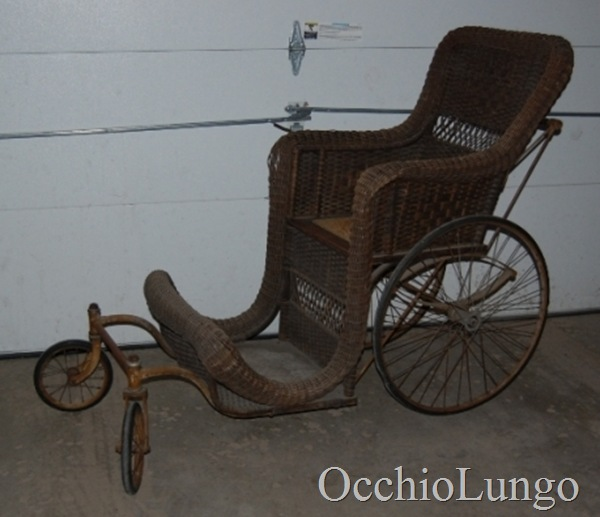 Colson-strolling-chair