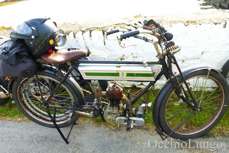 1911 Triumph