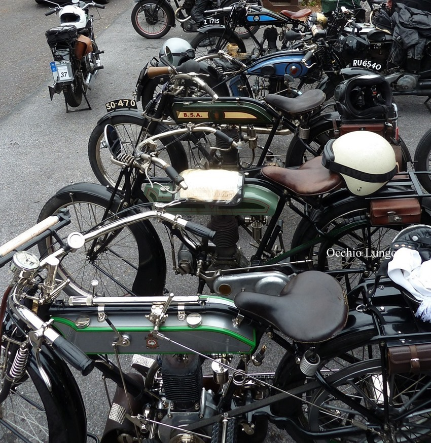 pile o bikes